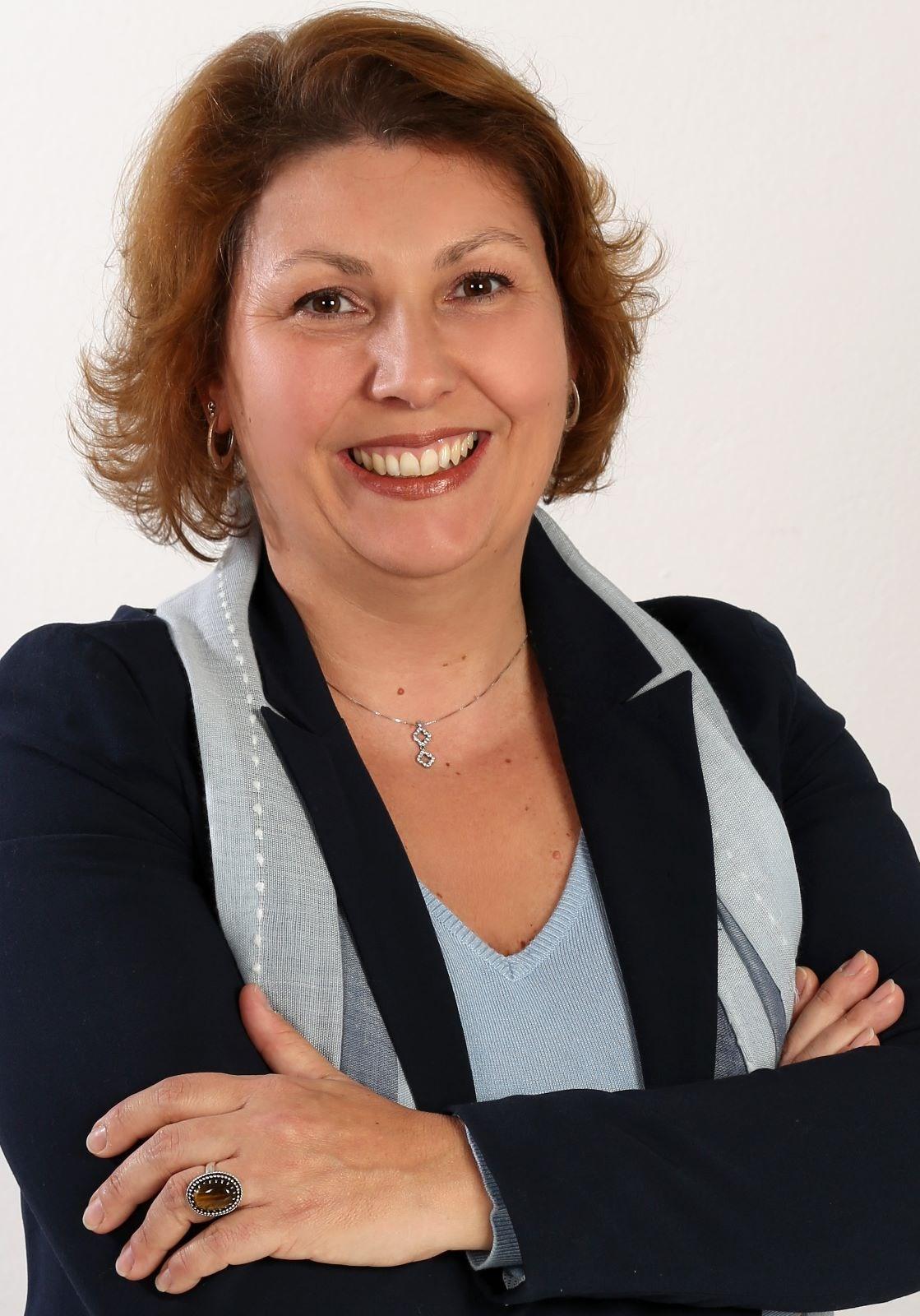 Ana Araujo Lugatto