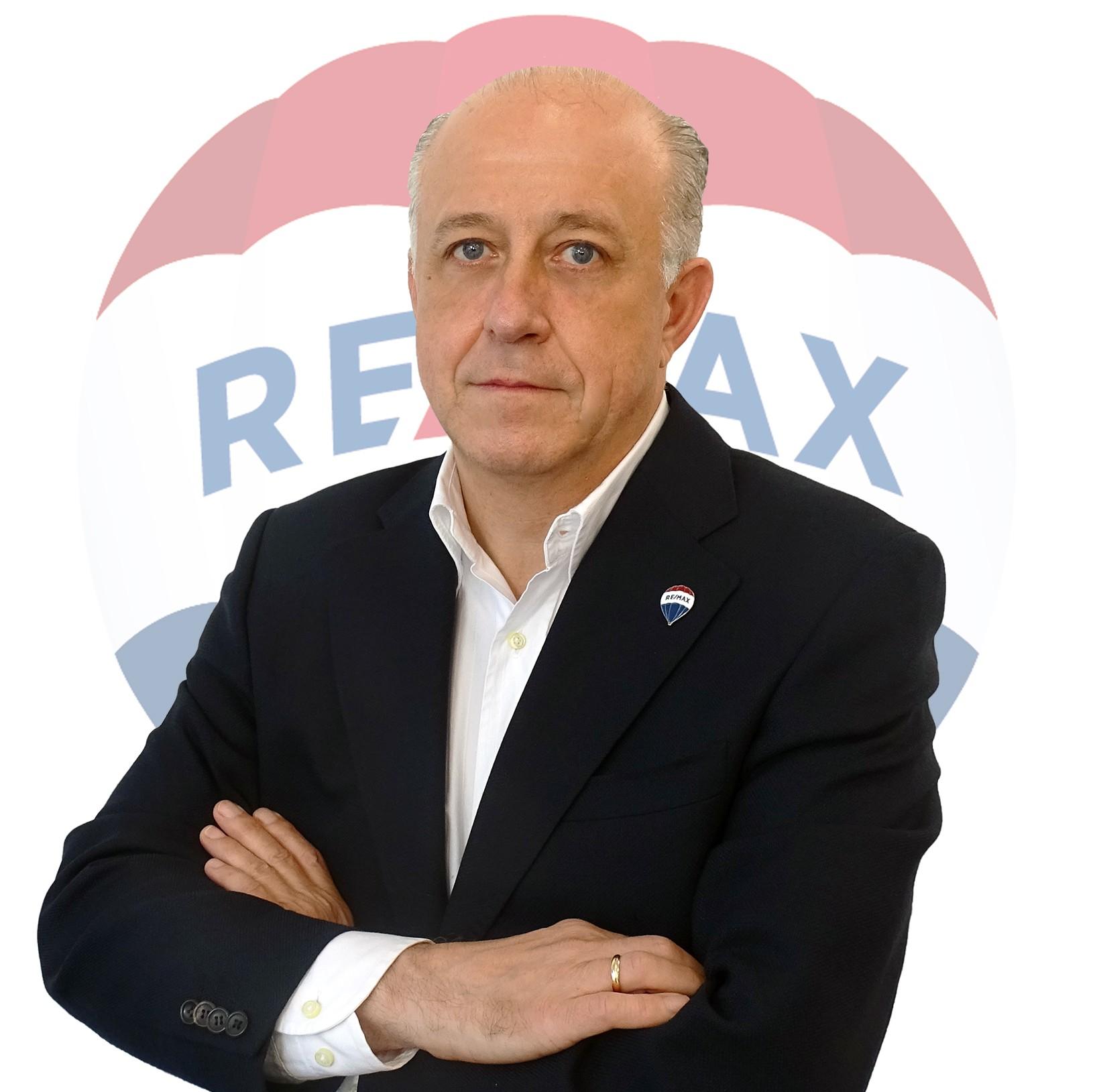 Antonio Barrios Morales