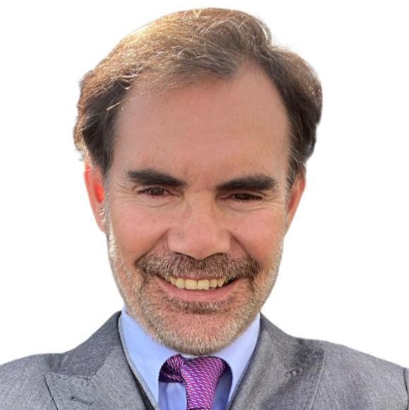 Carlos  Prado  López
