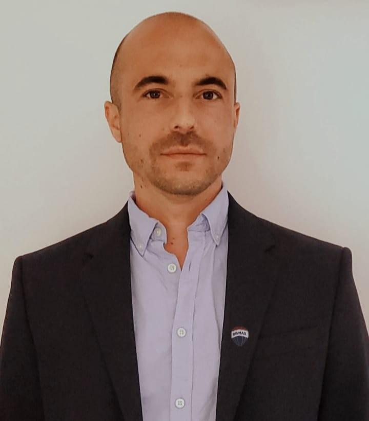 Carlos  Silverio  Barroso