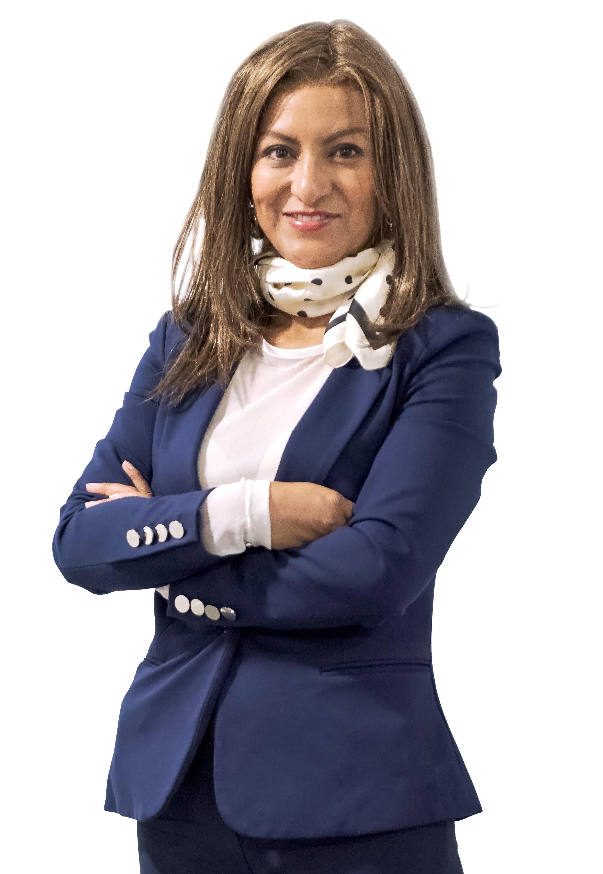 Claudia Reneé Manguia