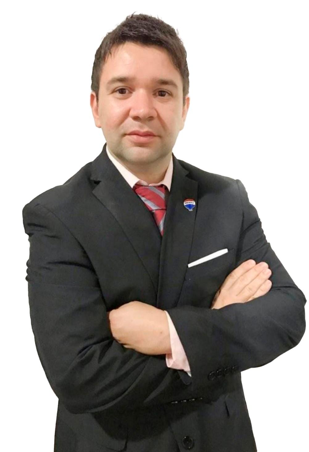 Elías Javier  Álvarez  Dagogliano