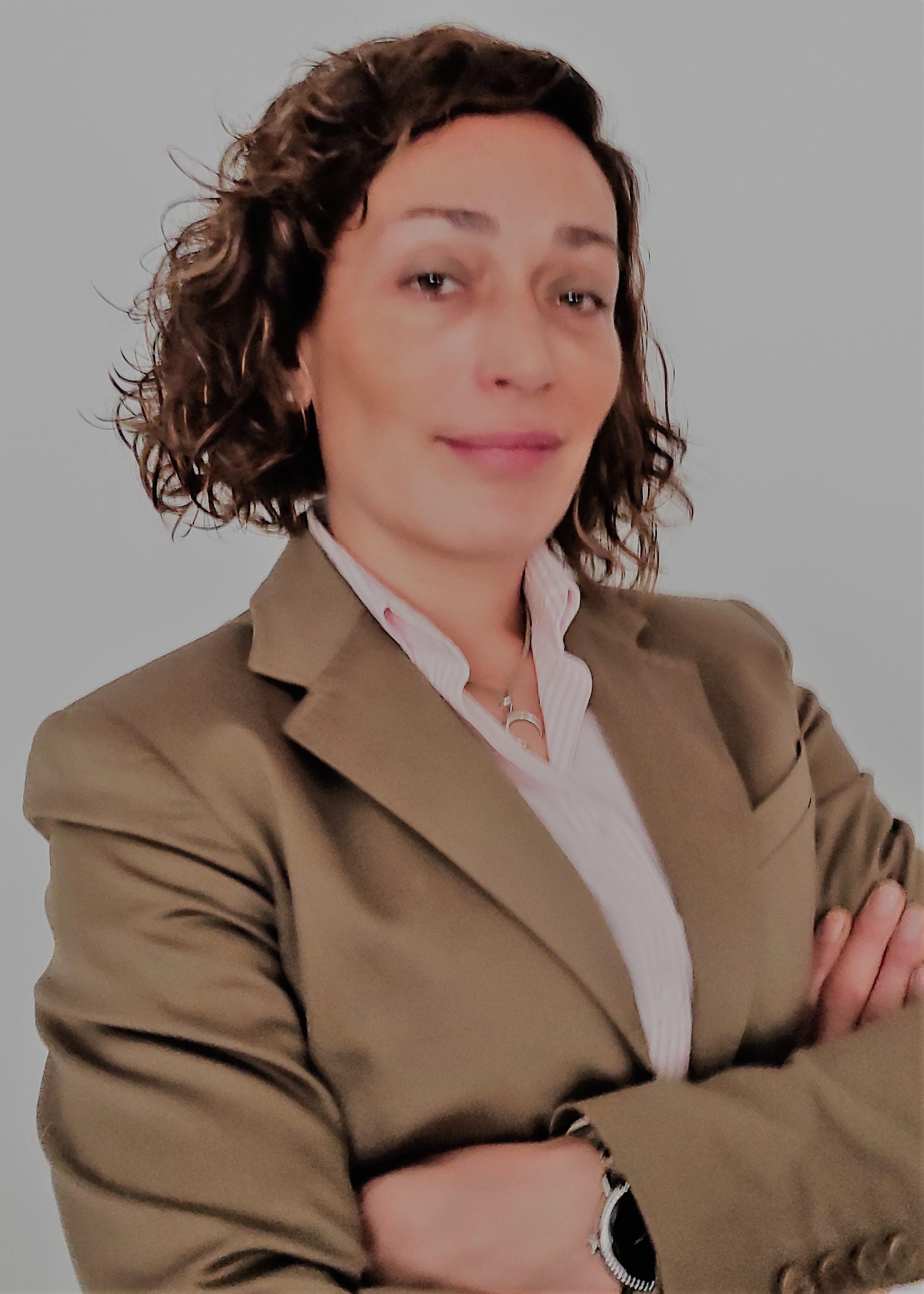 Elena   De La Garza Valle
