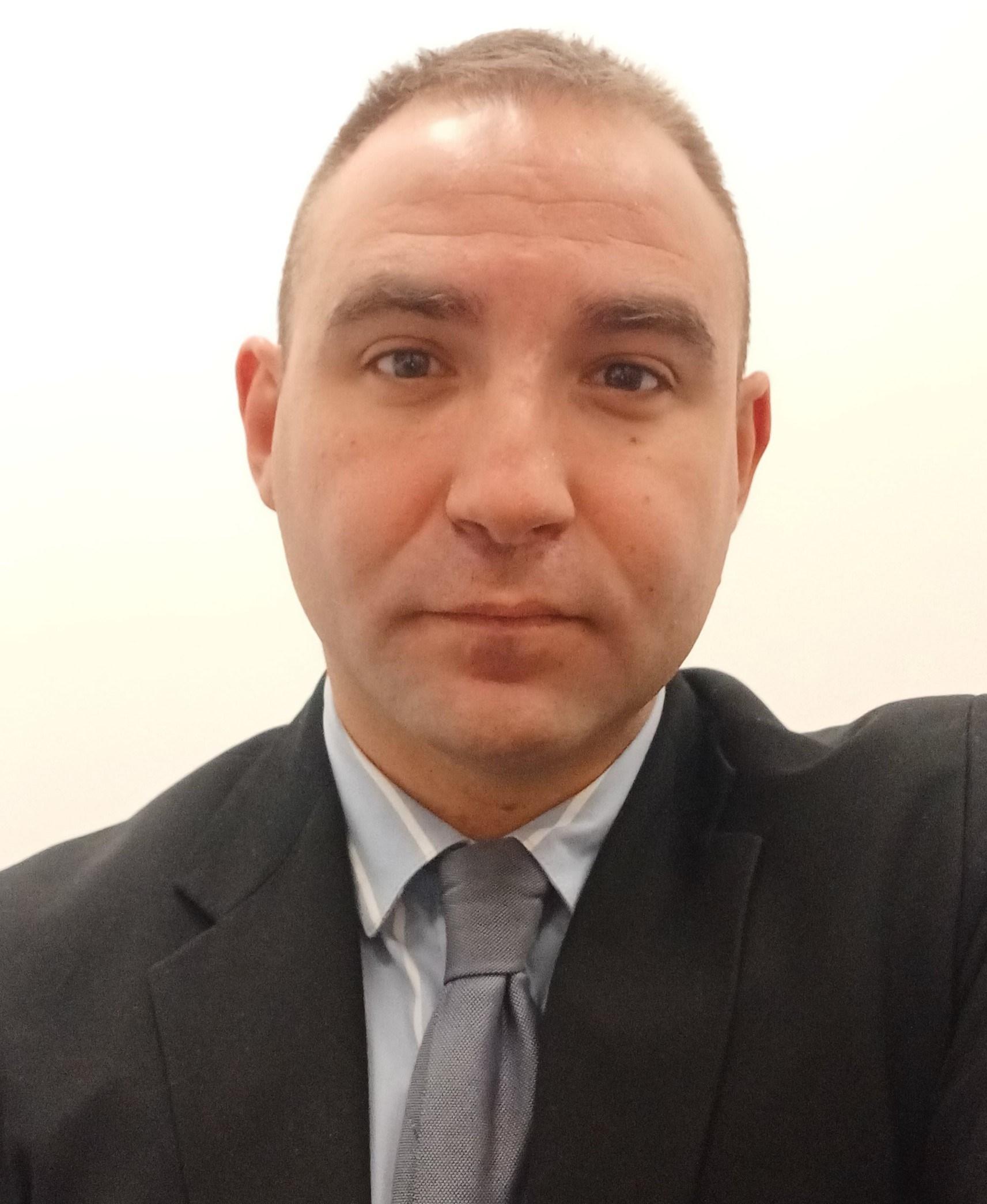Julio  Salvador Marinero