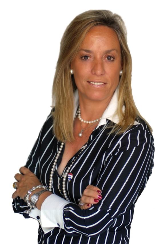 Paula Mª Benítez Fernández